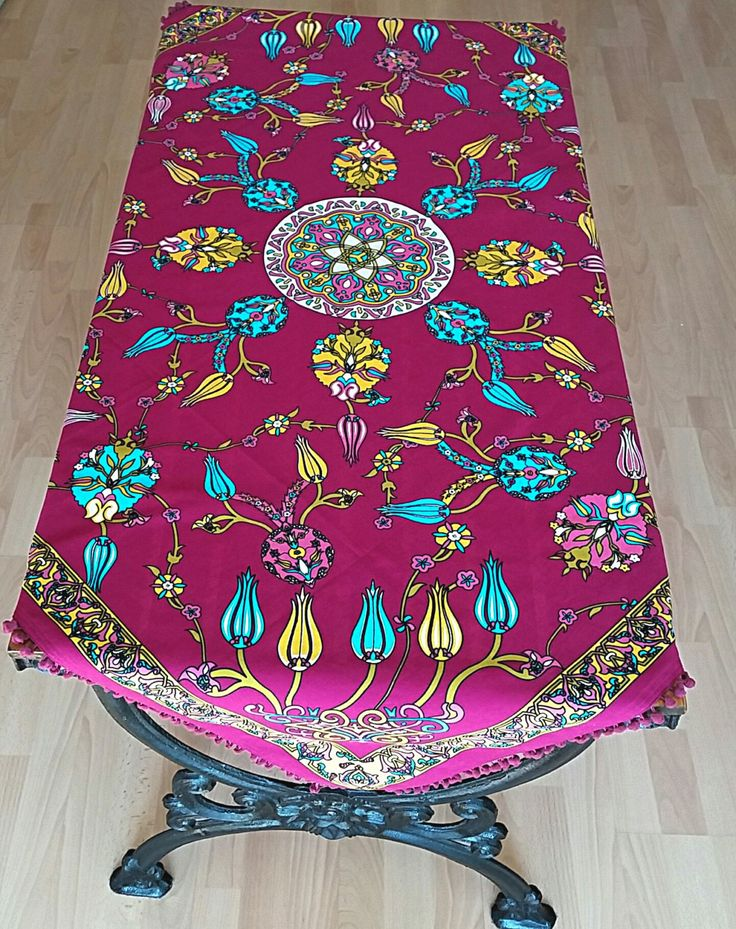125x130cm Ottoman Floral Tile Patterned Deep Pink Tablecloth Summer Colors  Square Authentic Colorful Pom Pom Trims