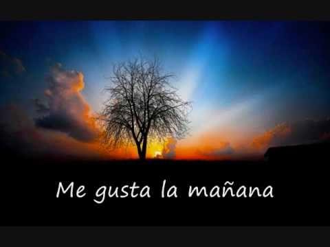 Me Gustas Tú - Manu Chao (with lyrics) -- couple questionable pix...