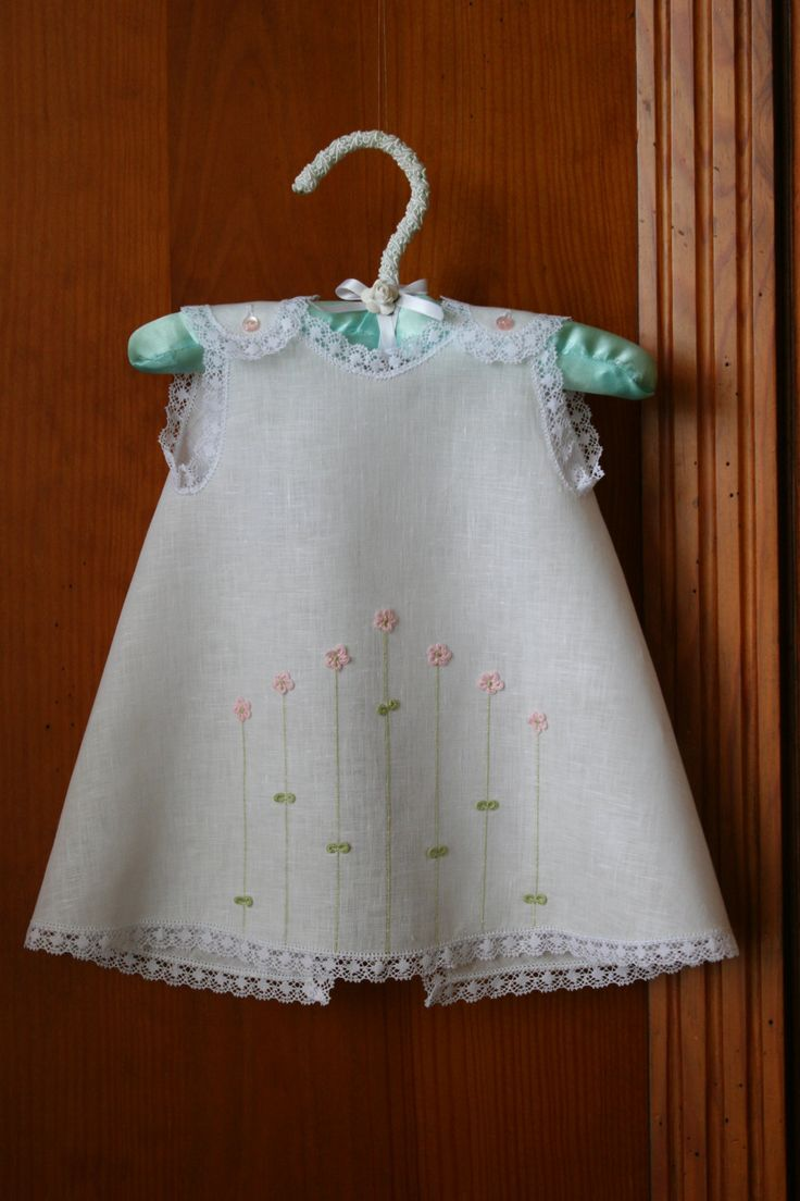 3-D Flowery Diaper Dress for Baby Girl 0-3 by AjuarParaElBebe