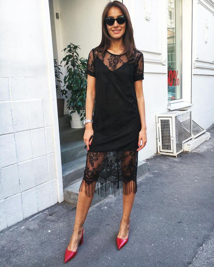 Кружевные дизайнерские платья