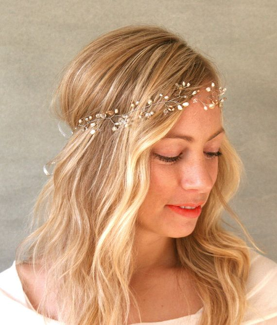 Crystal and Freshwater Pearl Hair Vine Halo. Bridal Wedding Silver Accessory. Delicate Bohemian Hair Wreath, Veil Accessory