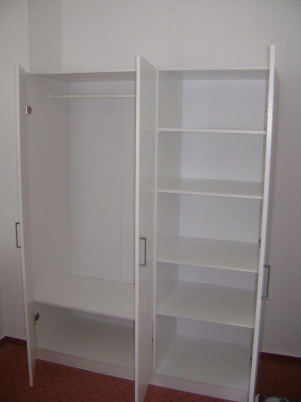 ikea dombas triple door wardrobe. Black Bedroom Furniture Sets. Home Design Ideas