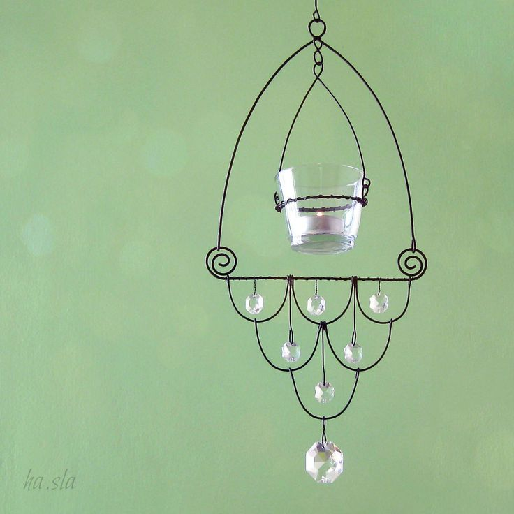 Hanging tea light (candle) holder: Wire & Crystal beads.