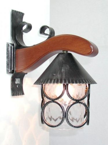 LANTERNA-BAITA-MENSOLA-A-MURO-LAMPADE-LAMPIONE-APPLIQUE-PLAFONIERA