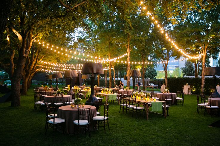 A beautiful rehearsal dinner by Bella Flora of Dallas at the Nasher Sculpture Center http://bellafloraofdallas.com/