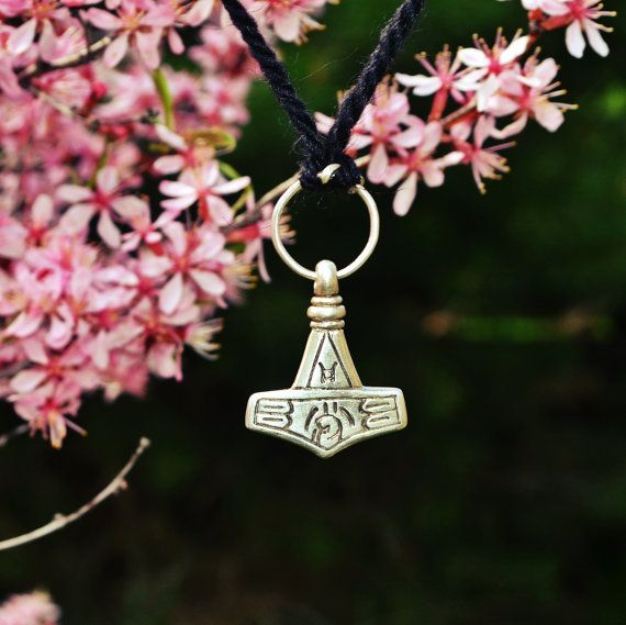 Viking Jewelry Unique Gifts Thor's Mjolnir Replica  от Mojoborg