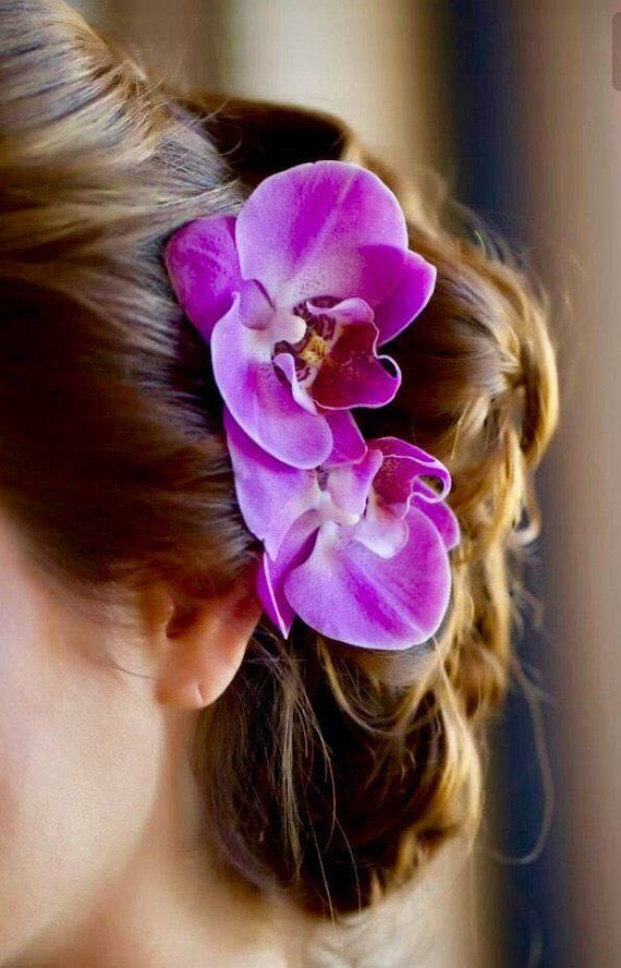 This Delicate Light Weight Silk Phalaenopsis Orchid Hair Pin Is The Perfect Hair Accessory For Any O Bridal Hair Accessories Floral Hair Clip Floral Hair Combs