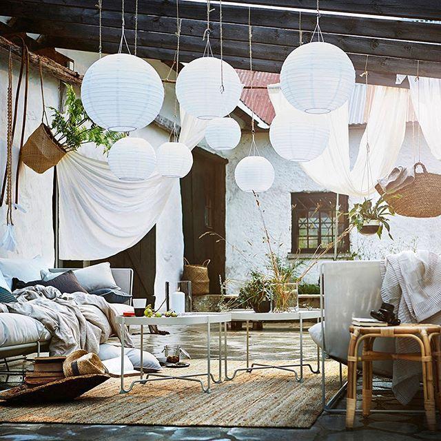 Guten Morgen ☀️wollt ihr die neuen IKEA (@ikeadeutschland) Gartenmöbel sehen? Dann geht's hierlang @Wohnkonfetti (dort findet ihr den Link zum Blog) und in der Story zeige ich euch die unterschiedliche Wirkung bei der Deko mit Kissen....#wohnkonfetti #ikea #gartenmöbel #reddots