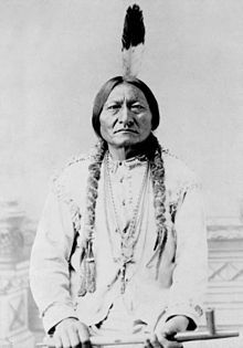 This Day in History:  Jan 8, 1877: Crazy Horse fights last battle http://dingeengoete.blogspot.com/ http://upload.wikimedia.org/wikipedia/commons/thumb/5/57/En-chief-sitting-bull.jpg/220px-En-chief-sitting-bull.jpg