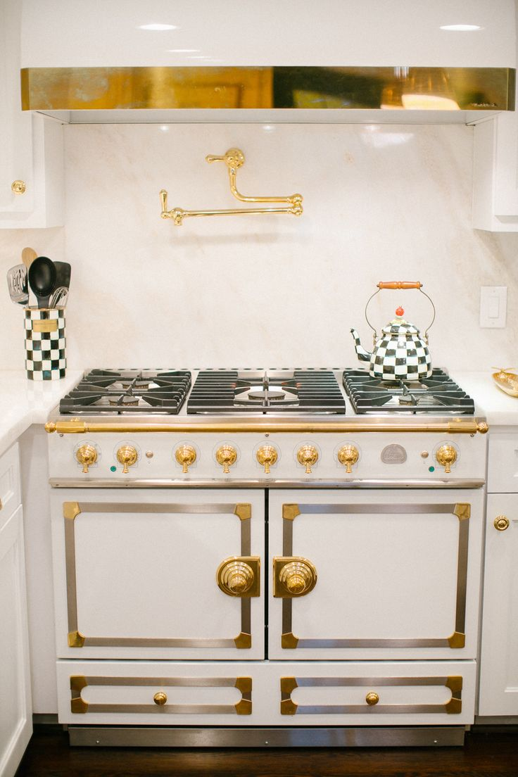 15 Must See La Cornue Pins Stoves White Marble Kitchen