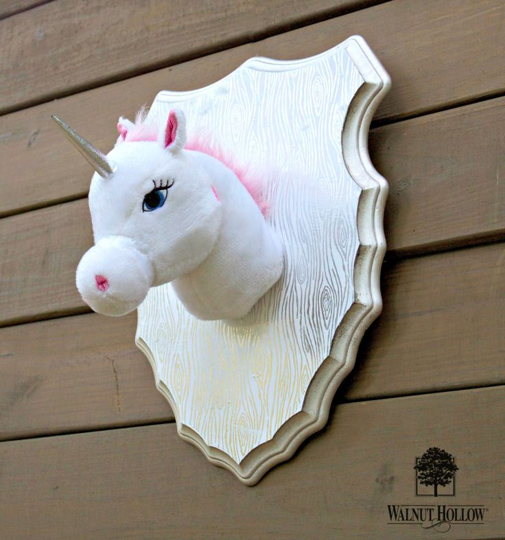 This fun project is surprisingly simple to make! Add a bit of humor to the decor of any room with a bit of toy taxidermy. I combined a beautiful unfinished wood plaque from Walnut Hollow with an …