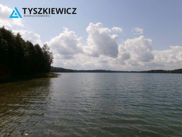 Pięknie położona działka rekreacyjna nad jeziorem Gwiazdy w Borowym Młynie, pełnej malowniczych krajobrazów, czystego powietrza i absolutnej ciszy i spokoju. Wieś położona w gminie Lipnica, w powiecie Bytowskim na Równinie Charzykowskiej, w regionie Kaszub zwanymi Gochami. #nieruchomosci #dzialka #kaszubby #wakacje #relaks #jezioro CHCESZ WIEDZIEĆ WIĘCEJ? KLIKNIJ W ZDJĘCIE!