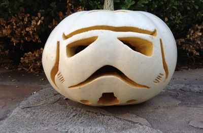 Stormtrooper Pumpkin 2 - Halloween pumkin carving activity with stencil @ Starwars.com