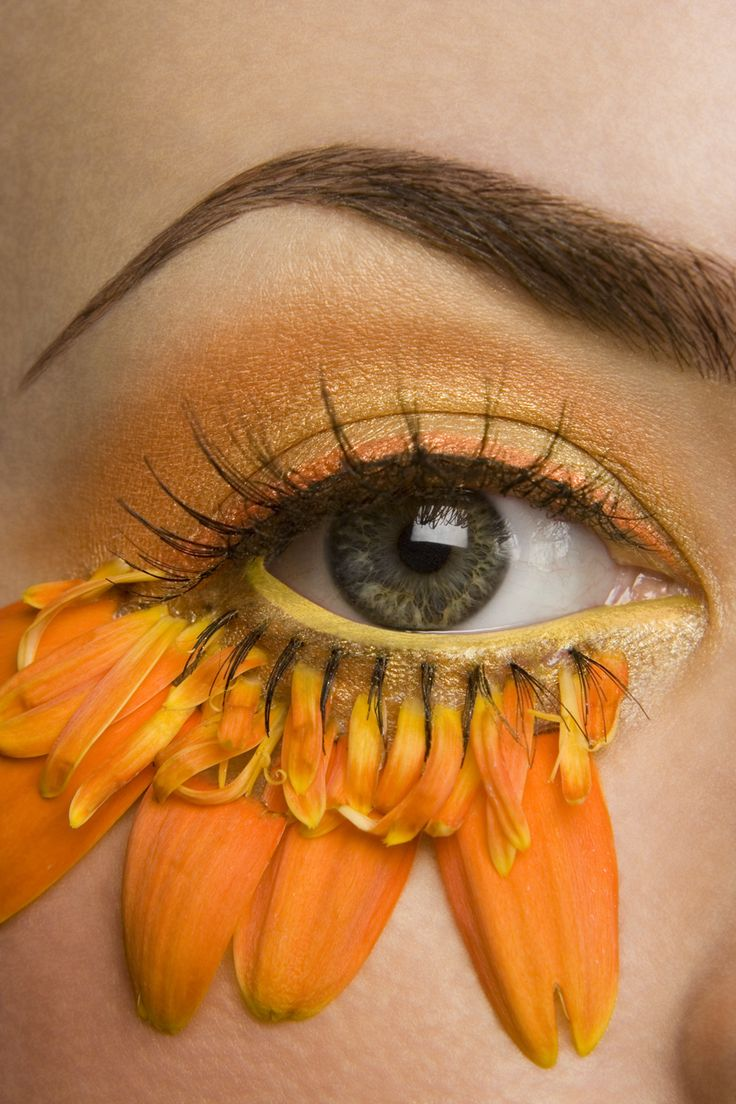 Avant Garde.Fantasy Sunflower eye // aesthetics, yellow, sunflower, make up inspirtion //