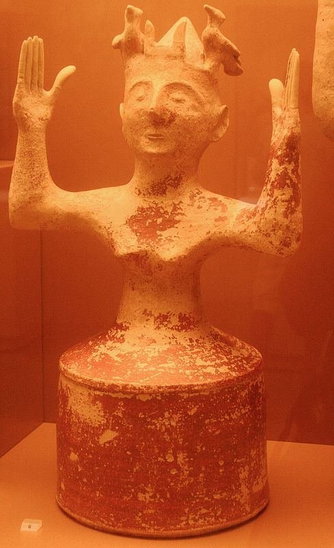 Clay Minoan Godess with upraised arms, 1200-1000 B.C., Heraklion Archaeological Museum, Crete, 2010