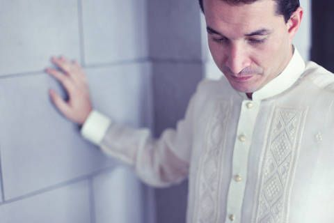 barong tagalog essay The barong tagalog is of great importance to the filipino identity today with  such a diverse past, one of the philippines' distinct characteristics is its  population.