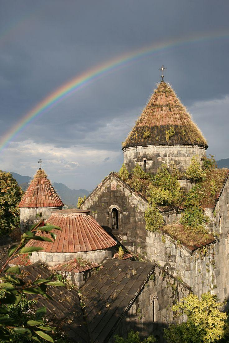 Радуга над Санаином (Армения). Автор - В.Прокофьев, www.hraam.ru