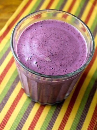 Este año decidí aumentar mi consumo de arándanos azules (blueberries) y la mejor manera de hacerlo es poniéndolos en el...
