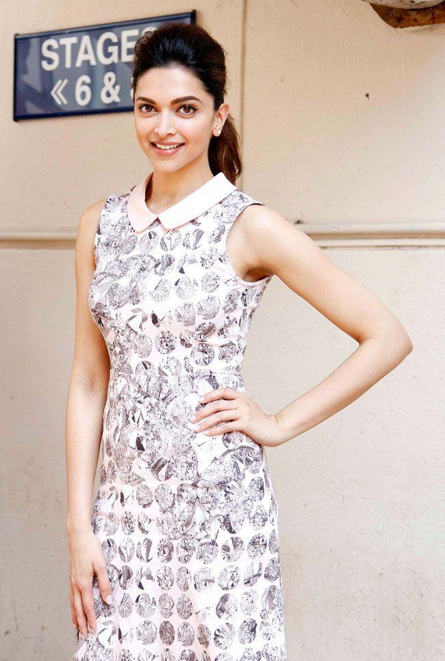Deepika Padukone promoting 'Piku'.