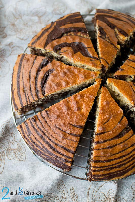 Εντυπωσιακό ζέβρα κέικ - Two and a half Greeks