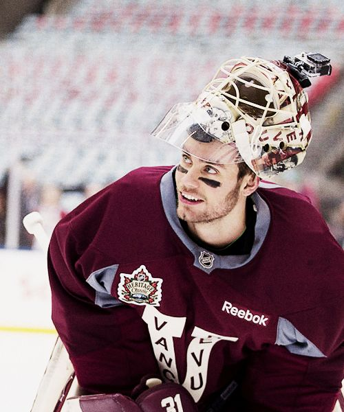 Eddie Lack, Vancouver Canucks -- stepping up! http://hockeygrrls.blogspot.com/2014/03/vancouvers-new-1-goalie-what-will-eddie.html