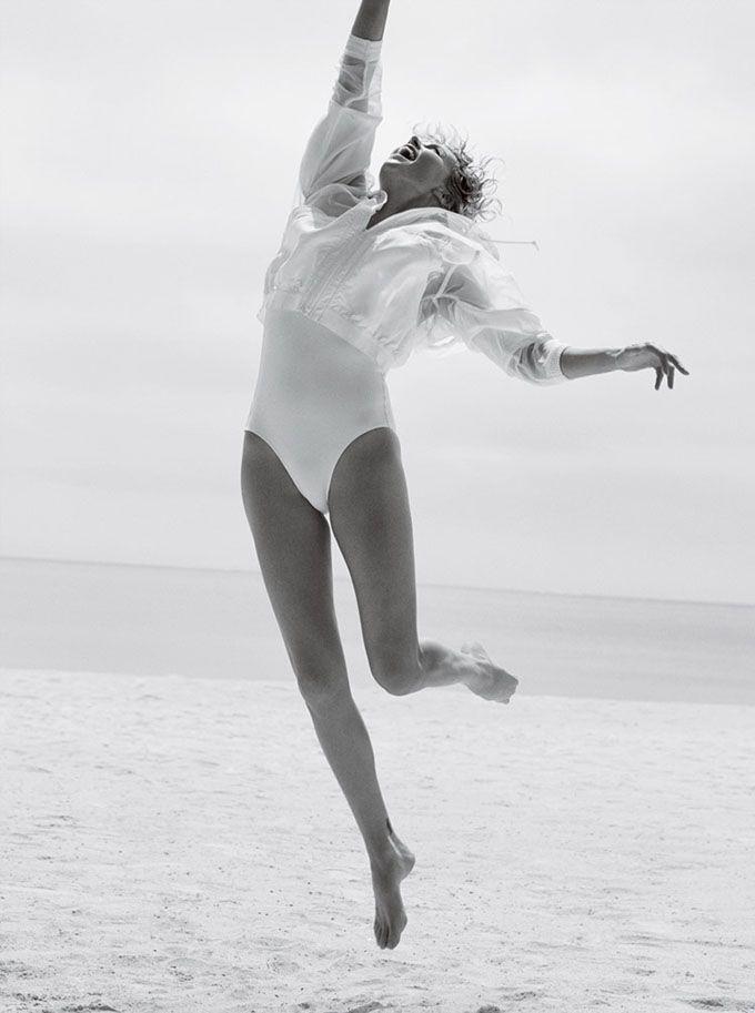 Шарлиз Терон в Vogue