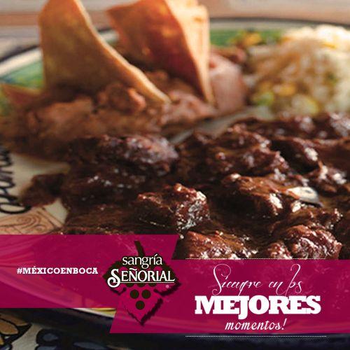 Asado de bodas:  Asado de carne de cerdo picante, con arroz, patoles (una variante de los frijoles, blancos y de gran tamaño) se acostumbra comerlo en eventos familiares como bodas o quinceañeras  #MÉXICOENBOCA