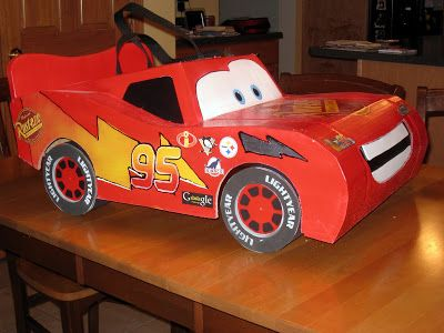 Lightning McQueen costume...OMG I have to make this for Dylan this year!!!! He will LOVE this!!!!! ❤