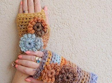 Autumn inspired  mittenst <3 Sure it feels warm~ Freeform crochet  Mitenki w kolorze jesiennego nieba