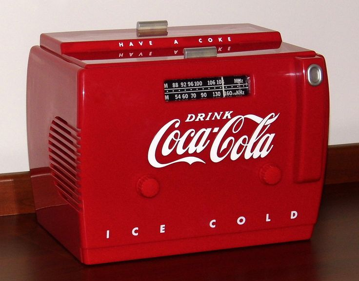 https://flic.kr/p/Vf62Gz | Coca-Cola Cooler Radio AM-FM Cassette Player Novelty Radio By Randix Nostalgia Products, Model OTR-1949, Made In China, Copyright 1988