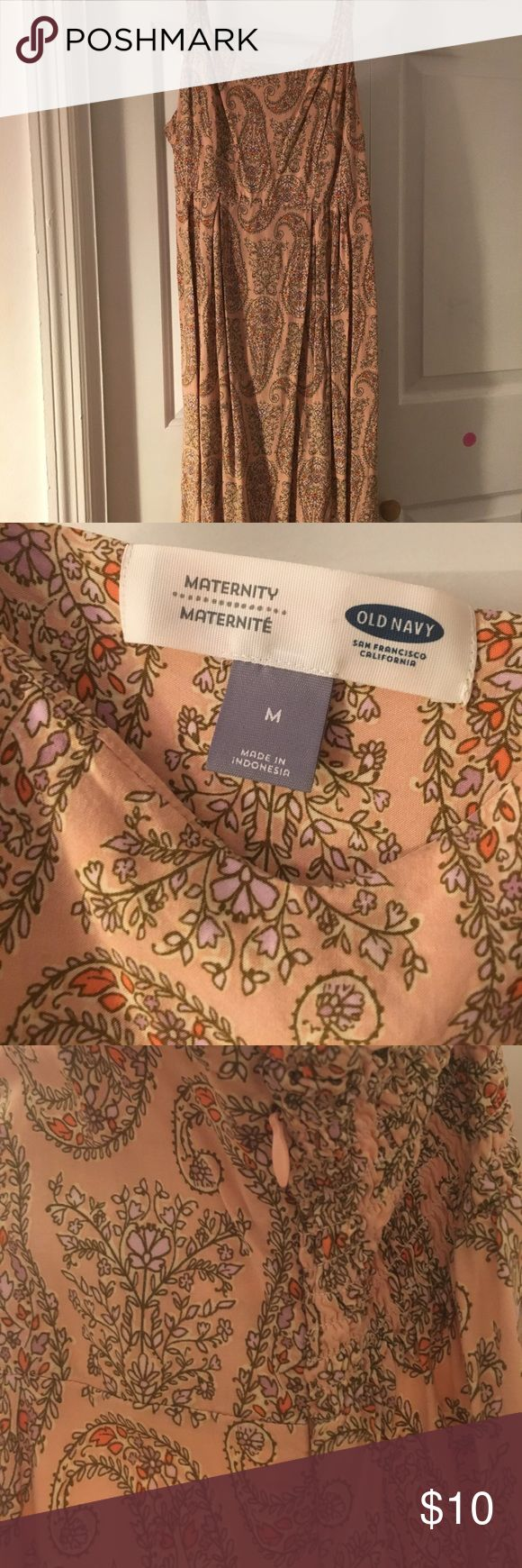 Old Navy Paisley Maternity Dress Blush Pink, side zipper and elastic for easy over the head slip on. Old Navy Dresses