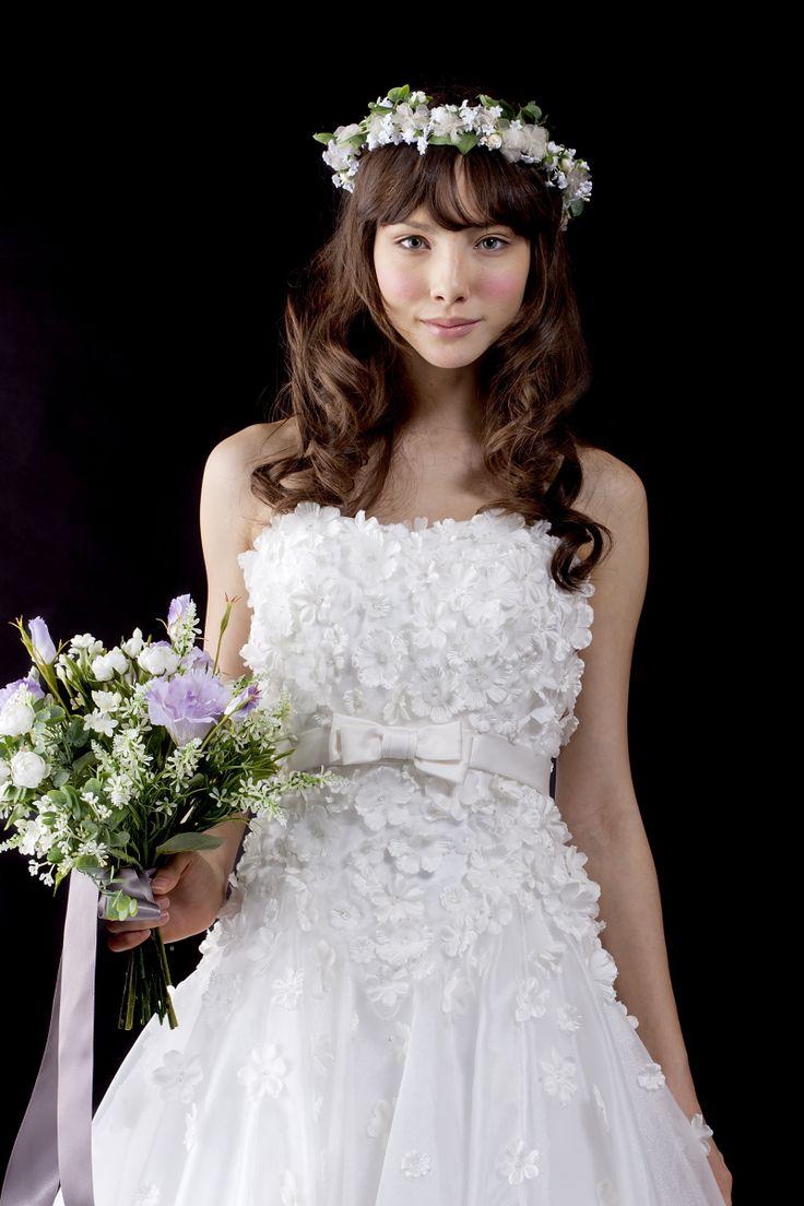 ウェディングドレス|Vieux Paris【ヴュ・パリ】|結婚式のウェディングドレス、カラードレス、和装のレンタルならヴュ・パリ