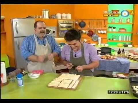 Bizcochitos y cuernitos hechos con dos ingredientes - Recetas – Cocineros Argentinos