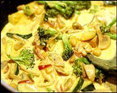 Kyckling: Kycklinggryta med curry och grönsaker