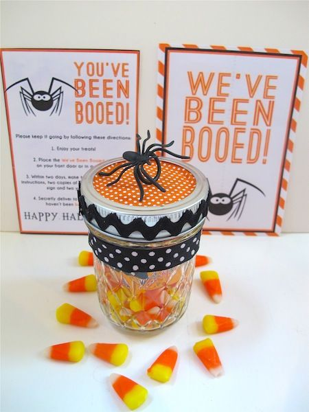 You've Been Booed ~ cute mason jar of goodies to make and give to your friends/neighbors for Halloween from boopackage2