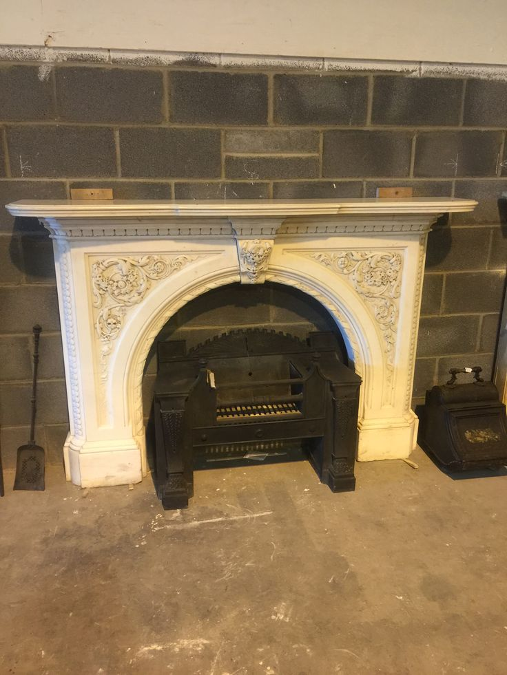 1840s finely carved marble fireplace