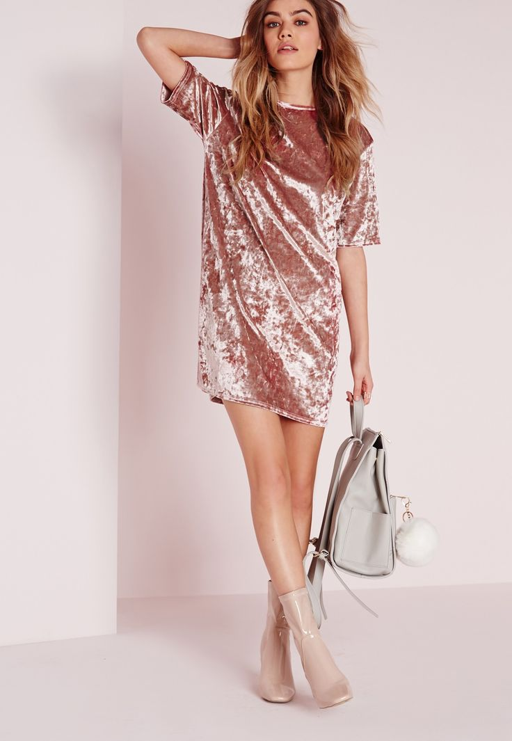 Missguided - Oversized Crushed Velvet T-Shirt Dress Pink