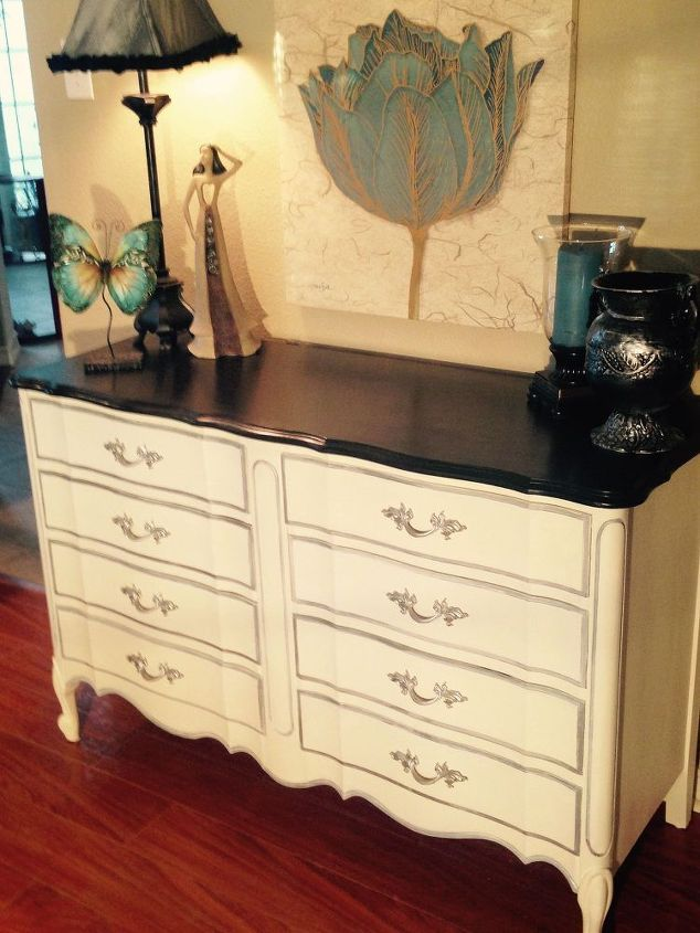 Dixie Vintage French Provincial 8-drawer Dresser Makeover