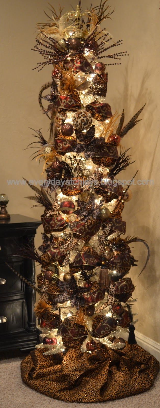 Everyday Atchleys: A Leopard Print Christmas Tree! Totally Becky, Love The  Feathers