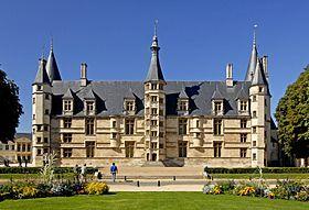 Nièvre : Palais ducal de Nevers