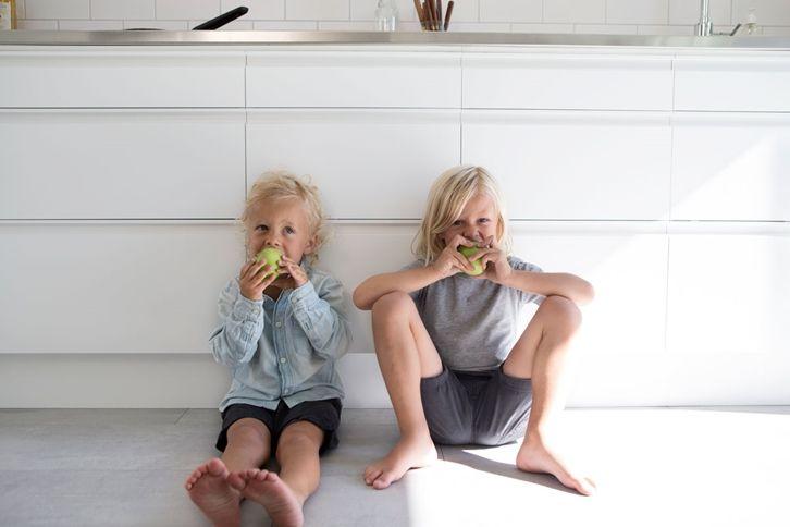 Hvitt kjøkken uten håndtak - Stil | Drømmekjøkkenet