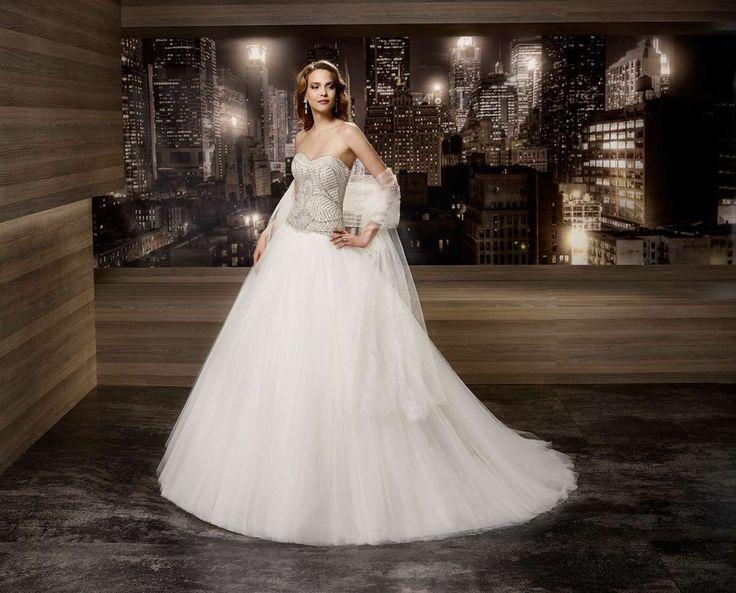 Abito da sposa con corpetto argento
