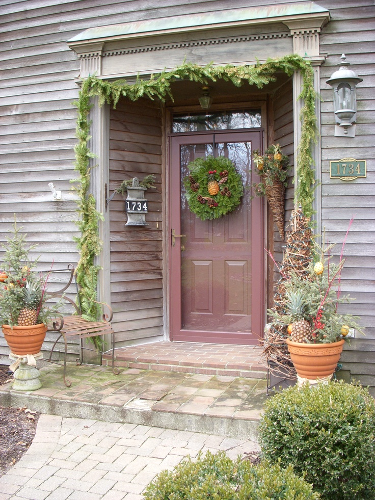 101 best Colonial Christmas Homes - Outdoors images on ...