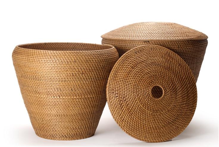 """""""GENTONG"""" rattan basket, Antique Brown // Καλάθι οβάλ από rattan. http://www.nicknack.gr/product/kalathi_psathino_rattan_kapaki_kal_026668/b2c_baskets"""