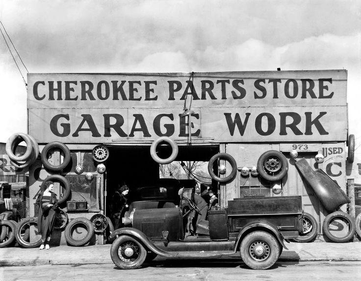 Auto parts shop. Atlanta, Georgia, 1936 Photo: Walker Evans