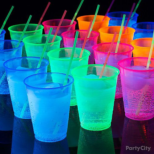 Best black light party drink idea for kids, tweens and teens!                                                                                                                                                                                 More