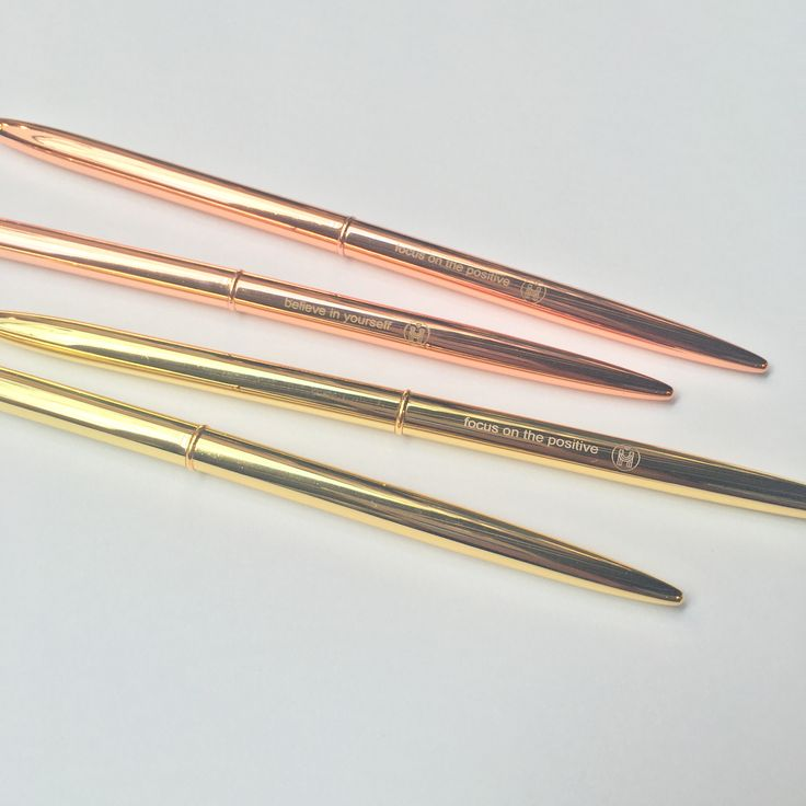 Inspirational gold & rose gold pens custom-made by us. In each box set, there are 2 gold pens, 2 rose gold pens, 1 gold clip, and 1 rose-gold clip. Each pen comes with a unique phrase; - Believe in yo