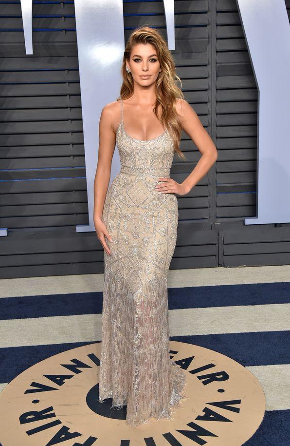 91f5536472 Camila Morrone à la soirée Vanity Fair des Oscars 2018