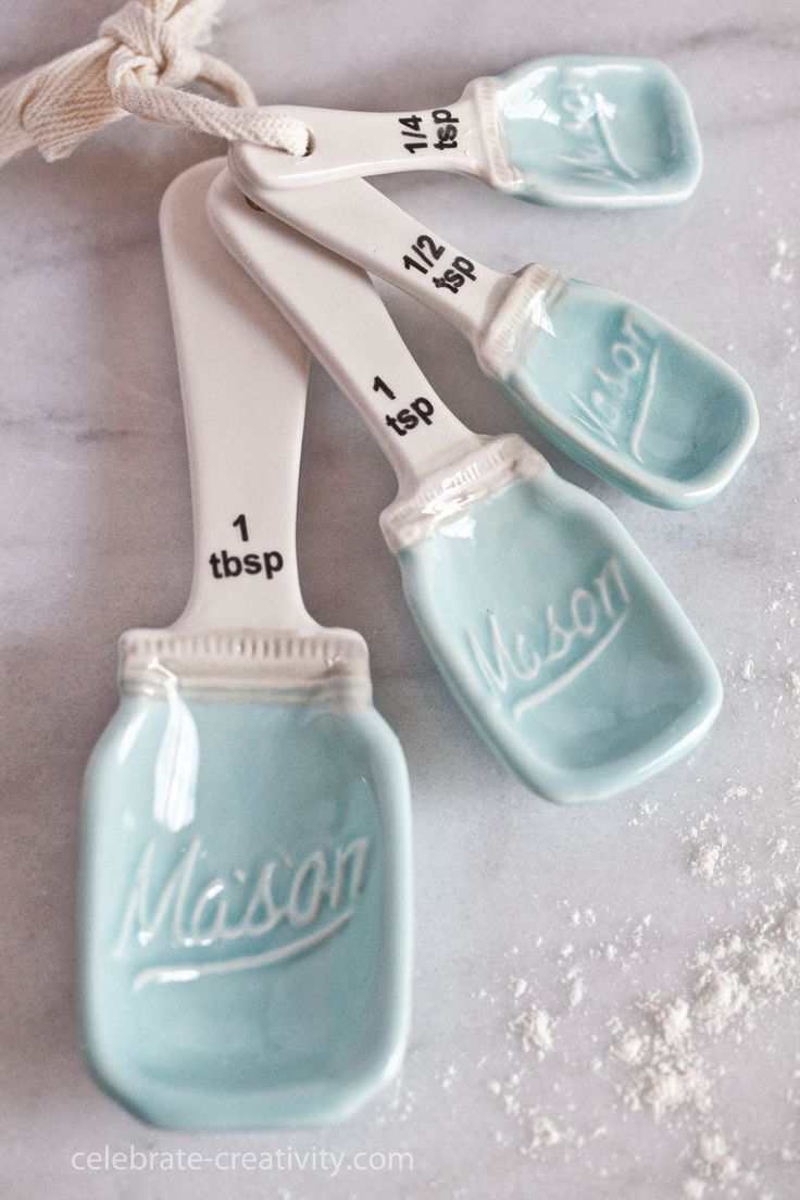 Duck egg blue measuring spoons
