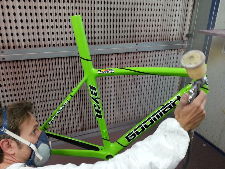 A green GOOMAH (misstress) for our friend in Belgium.  #Goomah #misstress #cycling #procycling